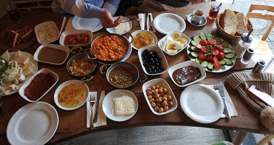 van-kahvalti-evi-istanbul